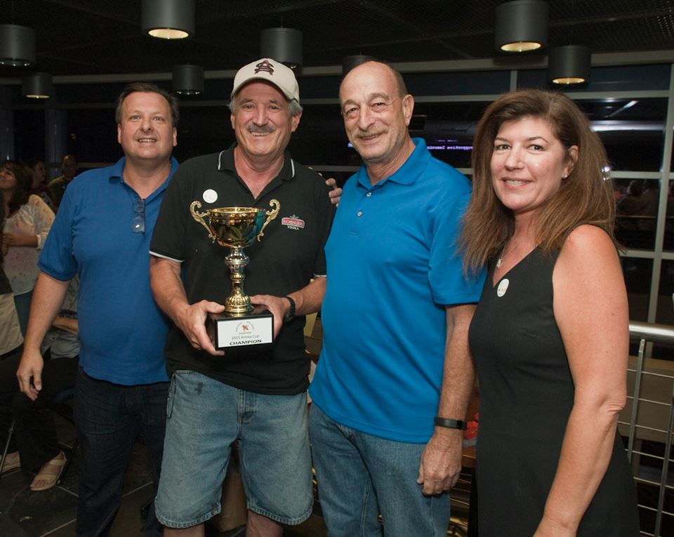 The Champion of Honeys was Doug Lawrence's (Jar #13) shown with President Frank Mortimer, VP Richard Schluger and Secretary Jaimie Winters